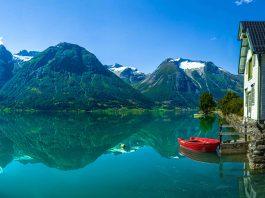Sogn og Fjordane.   Photo: Christer Olson - adobe stock - copyright.