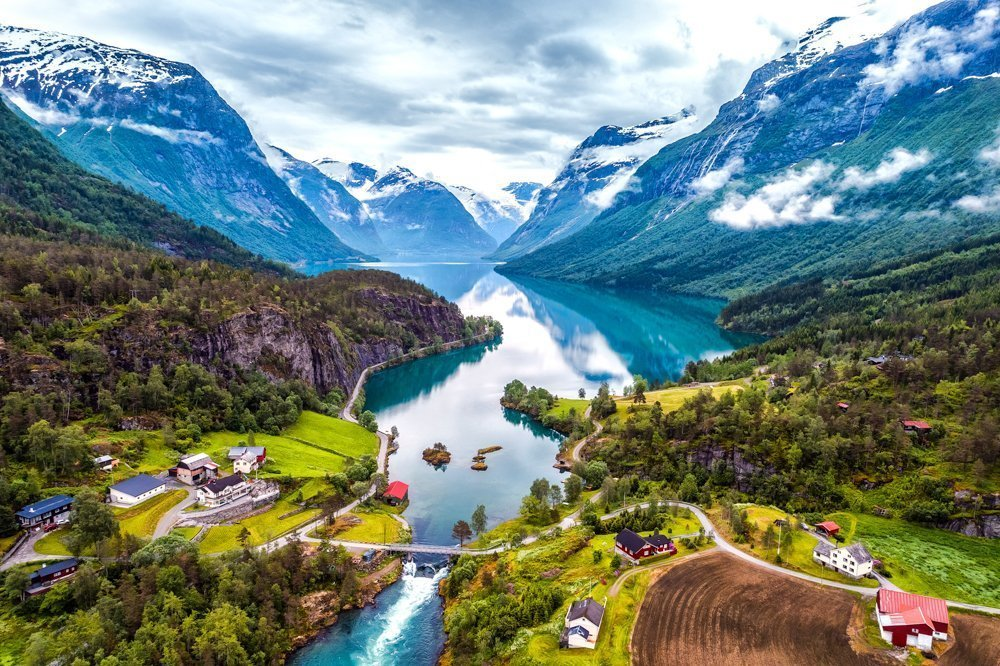 Lovatnet, Vassenden, Jølster, Sogn og Fjordane, Norway. | Photo: Andrey Armyagov - adobe stock - copyright.