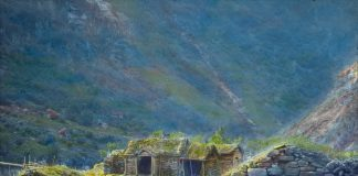 An old Norwegian mountain farm.   Photo: Anders Beer Wilse - digitaltmuseum.no DEX_W_00295 - CC BY.