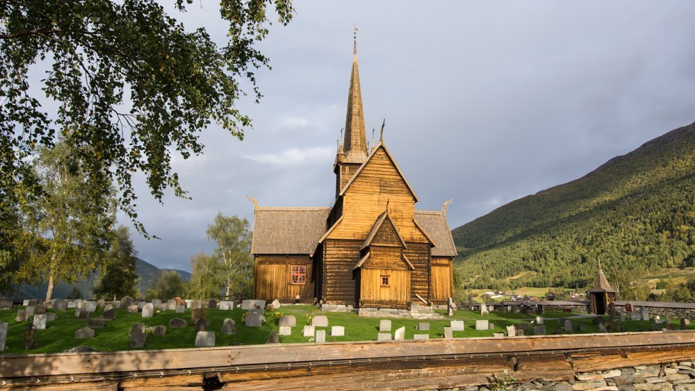Lom stave church in Lom, Oppland, Norway. Estimated built in the second half of the 1100s. | Photo: Dagfinn Rasmussen - kulturminnebilder.ra.no Lom_DSC7862 - CC BY.