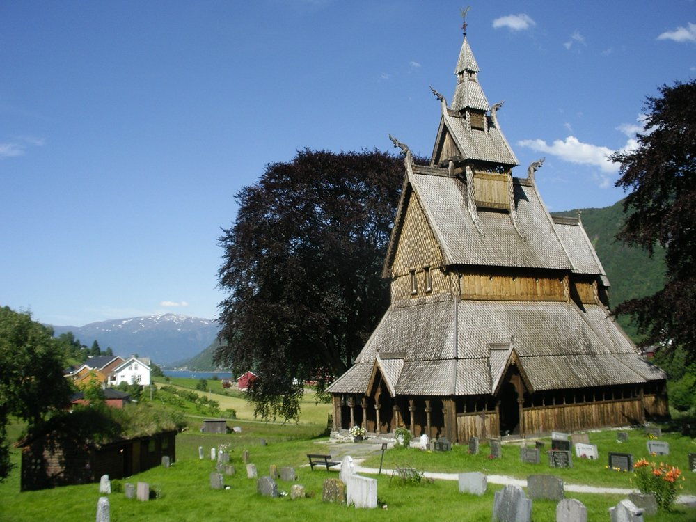 Hopperstad (Hoprekstad) stave church in Vik, Sogn og Fjordane, Norway. Estimated built around 1130. | Photo: Ragnhild Hoel - kulturminnebilder.ra.no T291_01_0161 - CC BY.