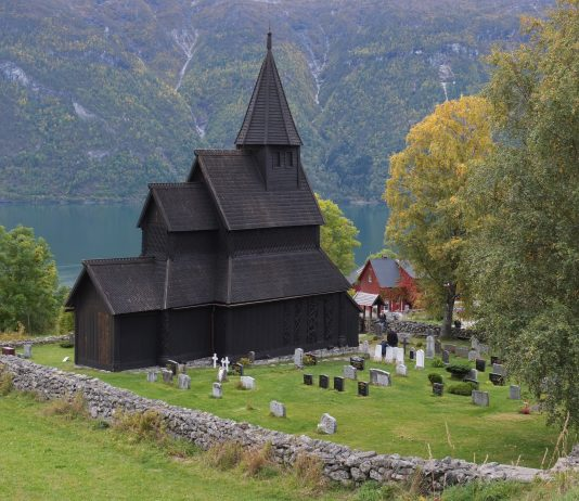 Urnes stave church in Luster, Sogn og Fjordane, Norway. Estimated built around 1140.   Photo: Harald Ibenholt - kulturminnebilder.ra.no T284_01_0787 - CC BY.