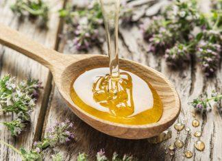 Honey.   Photo: Valentyn Volkov - adobe stock - copyright.