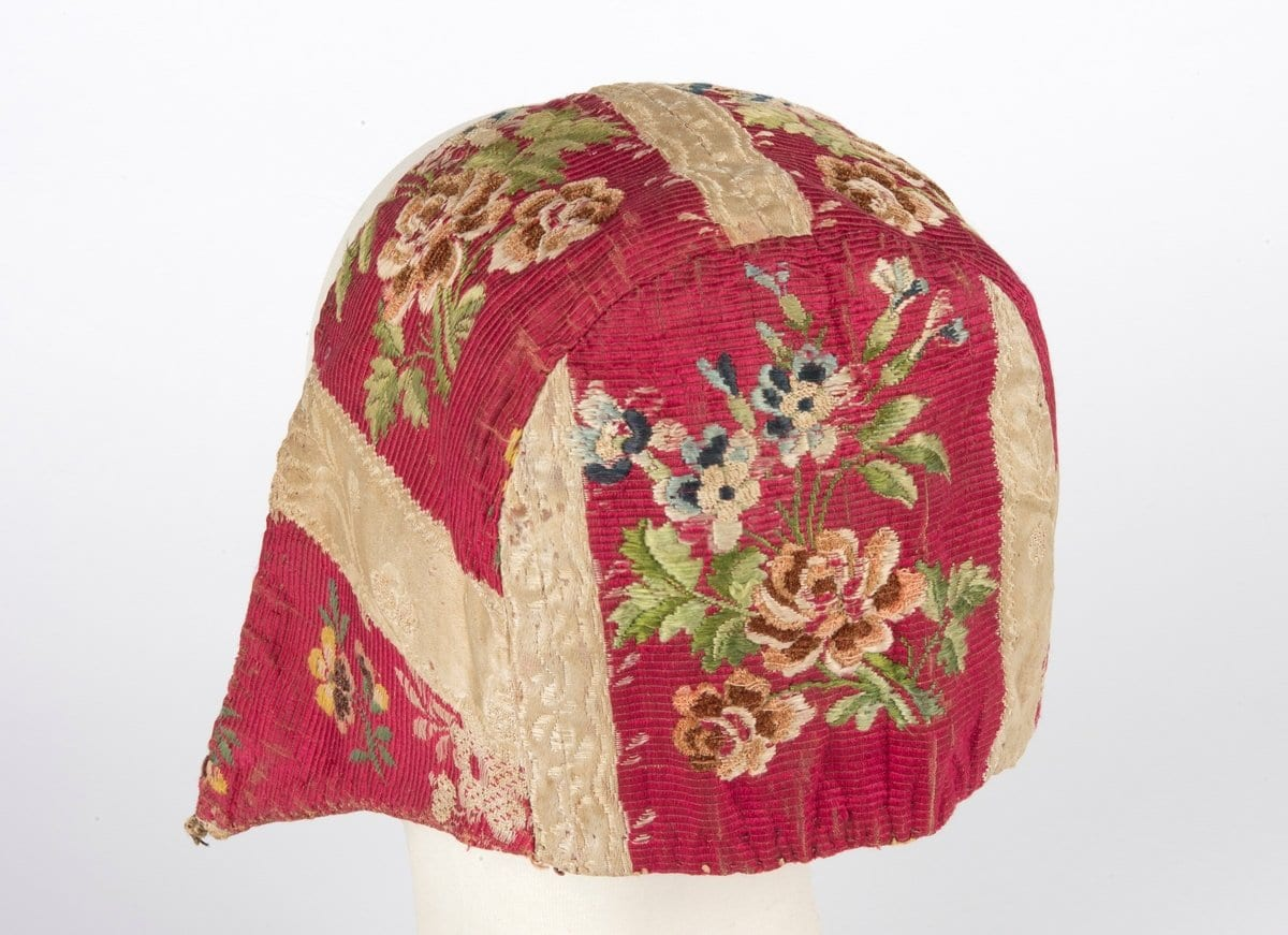 Needlework | 7 photos of a beautiful bonnet | Norway
