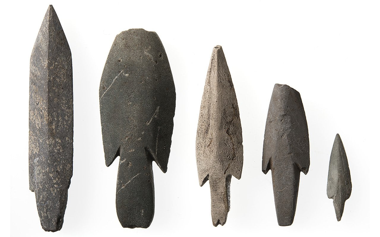 Arrowheads from the late stone age. | Photo: Åge Hojem - NTNU Vitenskapsmuseet cc by-sa.