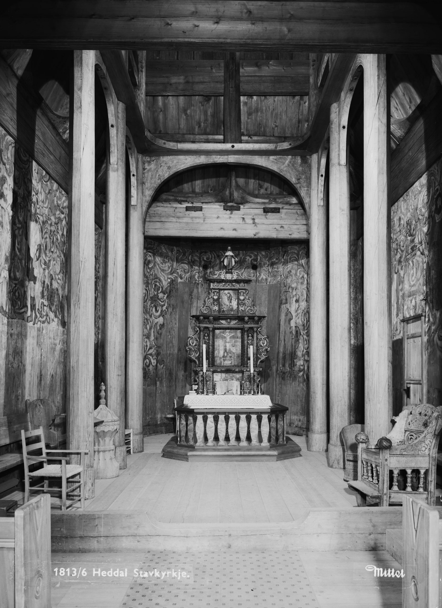 The Heddal stave church - the interior and its altar. | Photo: Mittet & Co. AS - nb.no cc pdm.